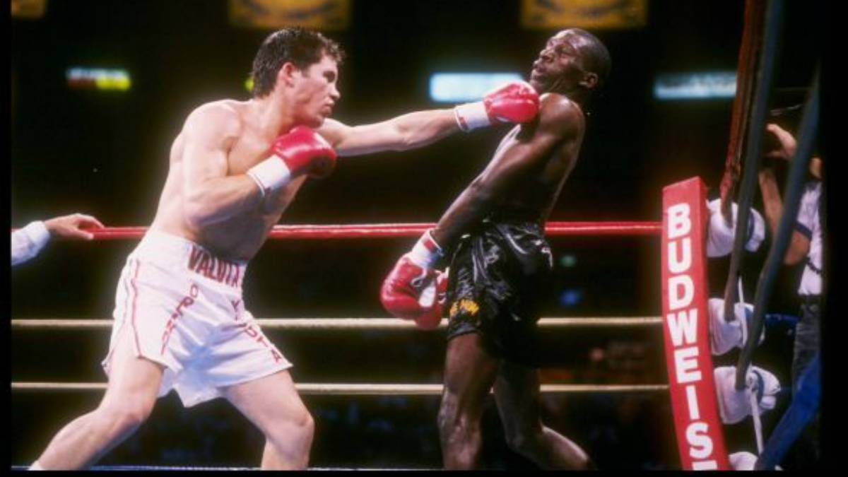 Julio Cesar Chavez vs Roger Mayweather 2